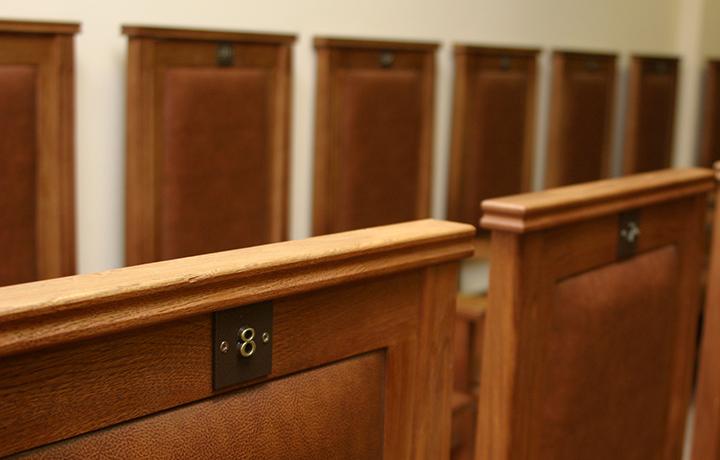 Адвокат добился троекратного оправдания своего доверителя судом присяжных